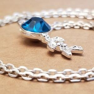 Jewelry - ☕ 3/$15 ☕ Berry Charm Necklace